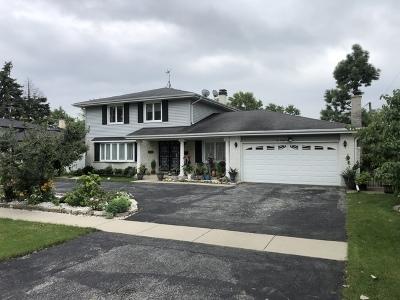 Des Plaines Single Family Home For Sale: 627 Kinkaid Court