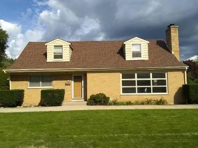 Des Plaines Single Family Home For Sale: 901 South Westgate Road South
