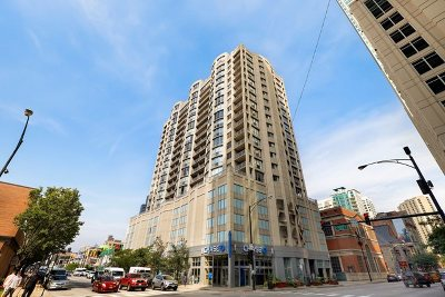 Condo/Townhouse New: 600 North Dearborn Street #1709