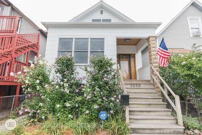 Single Family Home For Sale: 3250 North Sacramento Avenue