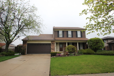 Downers Grove Single Family Home For Sale: 20w458 Camder Drive