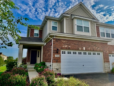 Naperville Condo/Townhouse For Sale: 2806 Henley Lane
