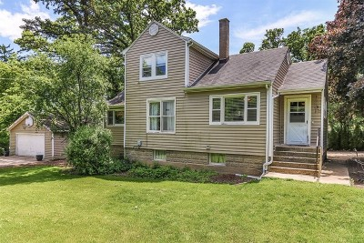 Lake Zurich Single Family Home For Sale: 340 North Pleasant Road