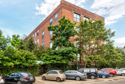 Ravenswood Condo/Townhouse For Sale: 4745 North Ravenswood Avenue #404