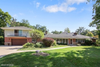 Oak Brook Single Family Home For Sale: 191 Twin Oaks Drive