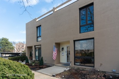 Elmhurst Condo/Townhouse New