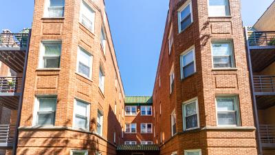Condo/Townhouse For Sale: 4517 North Central Park Avenue #3W