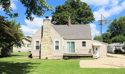 Kankakee Single Family Home For Sale: 720 North River Drive