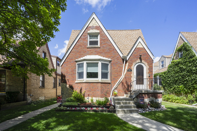 Chicago Single Family Home For Sale: 6456 North Oliphant Avenue