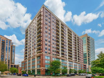 Condo/Townhouse New: 451 West Huron Street #502