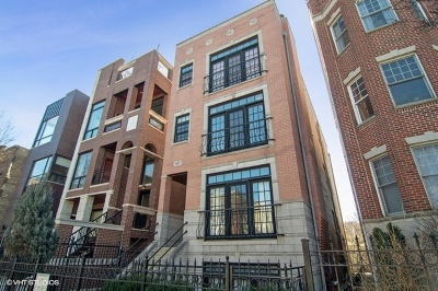 Condo/Townhouse For Sale: 1137 West Addison Street #3
