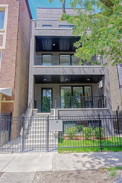 Condo/Townhouse For Sale: 1822 West Rice Street #2