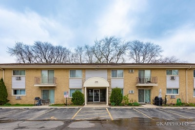 Clarendon Hills Condo/Townhouse For Sale: 500 Chase Drive #12