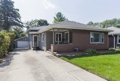 Glen Ellyn Single Family Home For Sale: 591 Maiden Lane