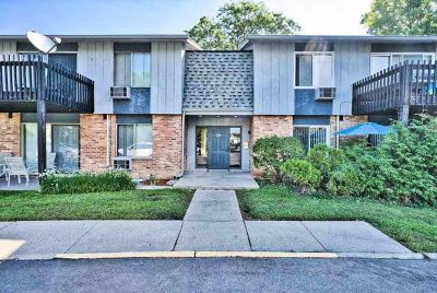 Prospect Heights IL Condo/Townhouse New: $145,900