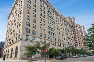 Condo/Townhouse New: 2100 North Lincoln Park West #5DS