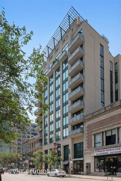 Condo/Townhouse New: 744 North Clark Street #1001