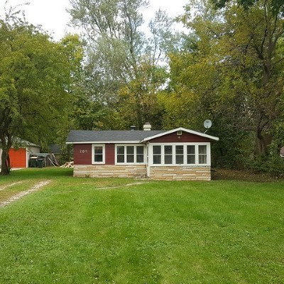 McHenry Single Family Home Auction: 704 Oeffling Drive
