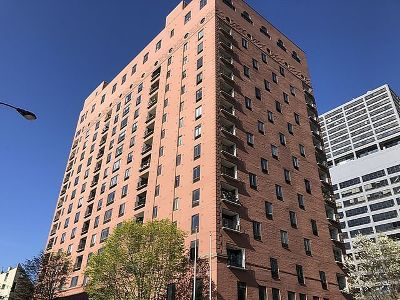 Condo/Townhouse New: 345 North Canal Street #306