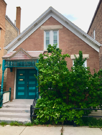 Single Family Home For Sale: 1831 North Hermitage Avenue