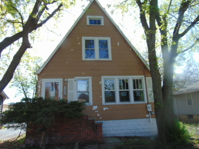 Downers Grove IL Single Family Home New: $165,000