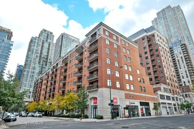 Condo/Townhouse New: 33 West Huron Street #412