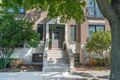Condo/Townhouse New: 3044 West Roscoe Street #1W