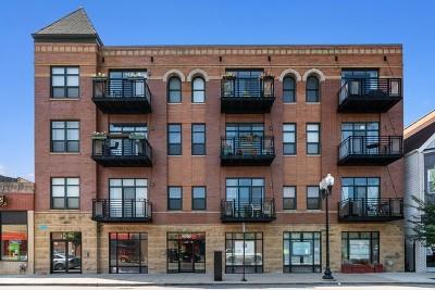 Condo/Townhouse New: 4050 North Lincoln Avenue #401
