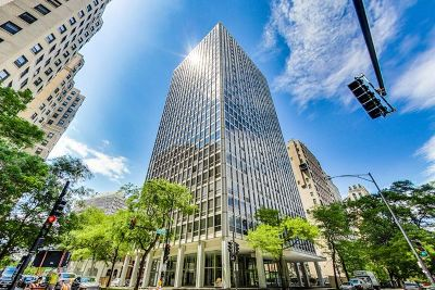 Chicago Condo/Townhouse New: 2400 North Lakeview Avenue #2002