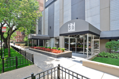 Cook County Condo/Townhouse New: 2700 North Hampden Court #21B