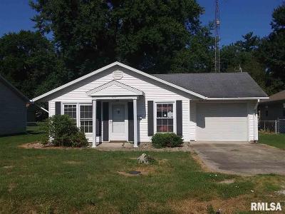 Virden Single Family Home For Sale: 423 N Emmett