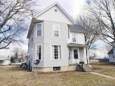 Waverly Single Family Home For Sale: 363 E Tanner