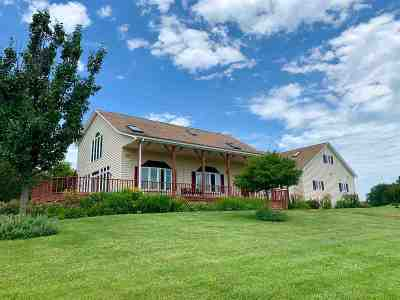 Petersburg Single Family Home For Sale: 18911 Stewart