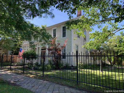 petersburg Single Family Home For Sale: 111 E Taylor