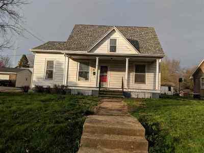 Virginia Single Family Home For Sale: 321 E Bearstown