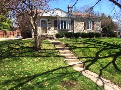 Bettendorf Single Family Home For Sale: 1111 16 1/2