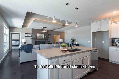 Bettendorf Single Family Home For Sale: 4822 Mason