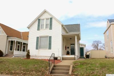 Quincy IL Single Family Home Contingent - Show: $104,900