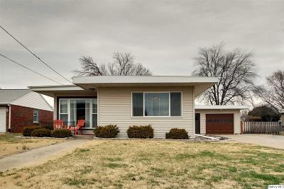 Quincy IL Single Family Home For Sale: $122,900