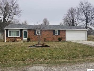 Mendon Single Family Home For Sale: 467 W Washington