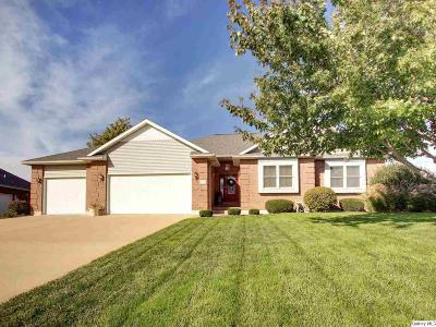Quincy IL Single Family Home For Sale: $294,500
