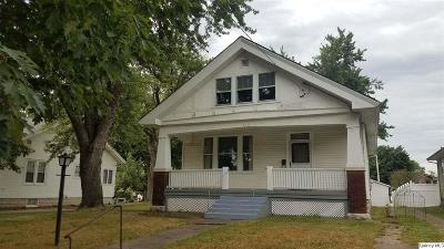Quincy IL Single Family Home For Sale: $87,800