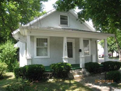 Quincy IL Single Family Home Contingent - Show: $54,500