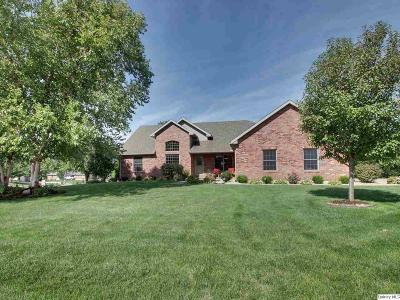 Quincy IL Single Family Home For Sale: $329,900