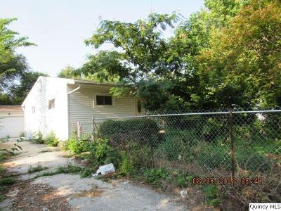 Quincy IL Single Family Home For Sale: $34,000
