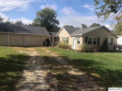 Quincy IL Single Family Home For Sale: $127,500