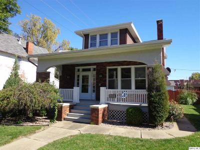 Quincy IL Single Family Home For Sale: $158,500