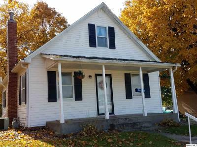 Mendon Single Family Home For Sale: 334 W Collins
