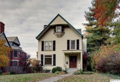 Quincy IL Single Family Home For Sale: $244,900