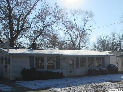 Quincy IL Single Family Home For Sale: $84,900